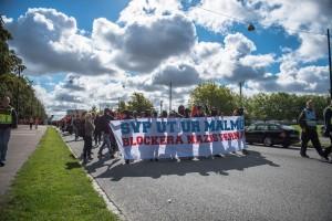Skåne mot rasism, på väg mot demonstration mot SvP. Limhamn 2014